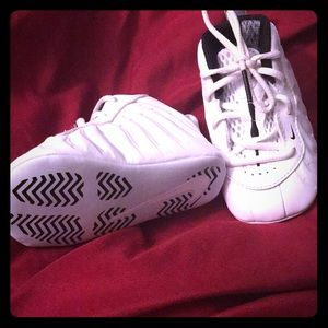Nike foam posite size 4c